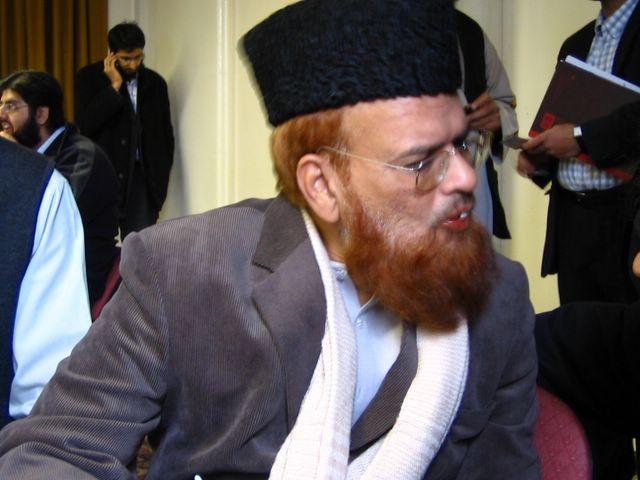 Mufti Taqi Usmani Pics Mufti Muhammad Taqi Usmani is